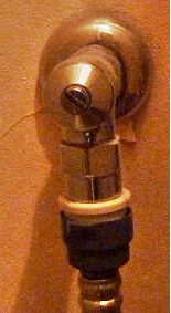 トイレ水栓002